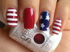 Beautiful nail art designs that are just too cute to resist. It's time to try out something new with your nail art. Holiday Nails, Christmas Nails, Red Nails, Hair And Nails, Cute Nails, Pretty Nails, Nail Art Blanc, Nail Art Designs, Pedicure Designs