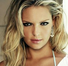 """The Look"" . Kathryn Heigl."