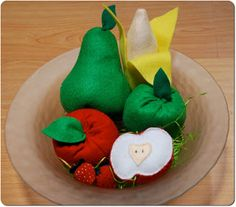 Felt Fruit- Apple with template and tutorial