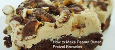 How to Make Peanut Butter Pretzel Brownies - so much deliciousness in one brownie!