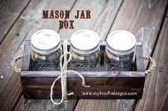 Hoot Designs: Mason Jar Box I'm thinking I could fill with homemade fudge and then gift. Mason Jar Kitchen, Mason Jar Meals, Meals In A Jar, Mason Jar Crafts, Mason Jar Diy, Vintage Mason Jars, Homemade Fudge, Craft Night, Diy Wood Projects