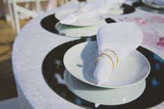 Nathalia Lovati Fotografia | Fotos de Casamento #casamento #fotografia #rj #fotografo #fotografa #foto #miniwedding #marriage #wedding #party #elegante #photographer #photos #ensaio #noiva #noivo #noivos #makingof #making-of #nathalialovati #fotosdenoivos #weddingphotography #weddingphotographer #weddinginspiration #flowers #flores #design #decor #decoração #decoration #colors #light #vintage #guardanapo