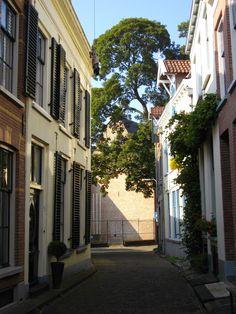 zijstraat van de Houtmarkt Zutphen