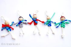 DIY - T-shirt yarn macramé puppets Diy Crafts To Sell, Diy Crafts For Kids, Fun Crafts, Gifts For Kids, Tshirt Garn, Girl Scout Swap, Operation Christmas Child, Old T Shirts, Puppets