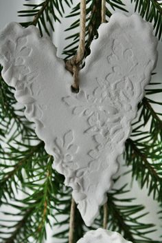 Made with white paper clay :: My Christmas Clay pieces should (hopefully!) be unbreakable!!!