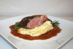 https://flic.kr/p/rFvRyN | 75 - Rack of lamb on spearmint polenta - Side view / Lammkarree auf geminzter Polenta - Seitenansicht | [Rezept / Recipe]
