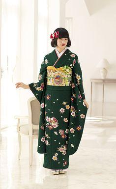 Komatsu Nana 小松菜奈 Furisode collection - Japan - 2016-2017 Source : Kyoto Kimono Yuzen 京都きもの友禅