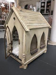 Your place to buy and sell all things handmade - dog kennel cover Metal Dog Kennel, Custom Dog Kennel, Dog Kennels For Sale, Luxury Dog Kennels, Dog Kennel Designs, Dog Kennel Cover, Diy Dog Kennel, Wire Dog Crates, Cool Dog Houses