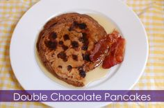 double chocolate pancakes Chocolate Pancakes, French Toast, Breakfast, Projects, Recipes, Food, Morning Coffee, Log Projects, Blue Prints