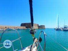 Boat trips on Crete, Sailing and Fishing - Heraklion, Mykonos Greece, Athens Greece, Tourist Places, Places To Travel, Greece Destinations, Travel Destinations, Crete Holiday, Sailing Holidays