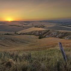 Por do sol na Toscana.