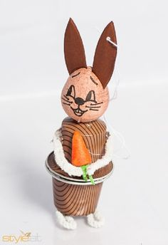 nespresso kapseln basteln ostern - Google keresés Cappuccino Machine, Cappuccino Cups, Cup Crafts, Diy And Crafts, Coffee Pods, The Hobbit, Easter Bunny, Cork, Upcycle