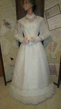Gorgeous  white silk crystalline organza wedding gown sz 9/10