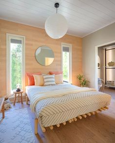 Did you know that wooden surfaces make a room feel warmer and cozier? This have effect on our nervous system and decreases our stress… Dream Bedroom, Cozy, Furniture, Design, Home Decor, Nervous System, Stress, Arquitetura, Decoration Home