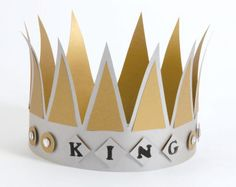 Keenan needs a crown :) King And Queen Costume, Prom King And Queen, King And Queen Crowns, King Queen, 26th Birthday, 40th Birthday Parties, Birthday Ideas, 80s Party, Prom Party