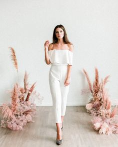 Details: * Stretch crepe fitted capri pants with side zip. * Hits above ankle, approx from natural waist. Sizing Chart For customization options, please refer to our POLICIES page. Everything Will Be Alright, Designer Gowns, Slacks, Claire, Floral Design, Capri Pants, Jumpsuit, The Secret, Model