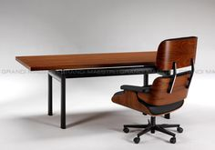 Important Committee conference table from Chandigarh by le Corbusier ...