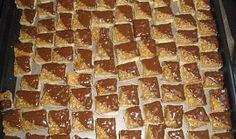 Ořechové medové kostky - cukroví Waffles, Pizza, Breakfast, Food, Morning Coffee, Essen, Waffle, Meals, Yemek