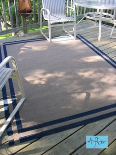 DIY paint a cheap outdoor rug to give it style