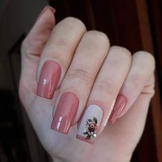 Dicas para unhas lindas e bem decoradas. Fancy Nails, Red Nails, Cute Nails, Pretty Nails, Hair And Nails, Square Nail Designs, Nail Art Designs, Nagellack Design, Butterfly Nail