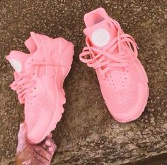 I don't own a pair of tennis shoes but I would actually wear these Nike Air Huarache Womens