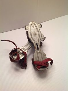 Vintage Metal Globe Roller Skates by VikMik on Etsy, $12.50