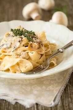 Tři vynikající recepty na domácí těstoviny. I s omáčkami! - Proženy Pasta Recipes, Macaroni And Cheese, Soup, Ethnic Recipes, Mac And Cheese, Soups