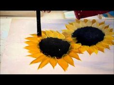 Paint Sunflowers Simple & Easy - Flower Patch Farmhouse