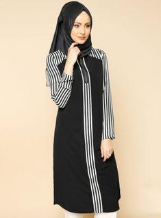 Striped Tunic - Black - Puane Abaya Fashion, Modest Fashion, Fashion Dresses, Modest Dresses, Modest Outfits, Casual Dresses, Hijab Outfit, Abaya Mode, Moslem Fashion