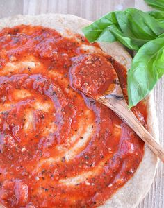Homemade Whole Wheat Pizza + Simple Tomato Sauce recipes link