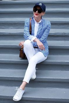 Blair Eadie wearing a blue gingham blazer and white jeans // Click through to see more of her gingham outfits on Atlantic-Pacific Jack Purcell Outfit, Converse Jack Purcell, Gingham Shirt Outfit, Kinds Of Clothes, Clothes For Women, Work Clothes, Winter Tops, Blue Denim, Blue Gingham