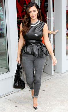 Kim Kardashian West Workwear Chic, My Fashgram , Outfit Ideas for Work, Office Kim Kardashian Kanye West, Kim Kardashian Images, Kardashian Style, Kardashian Kollection, Leather Peplum Tops, Leather Dresses, Leather Pants, Peplum Top Outfits, Peplum Dress
