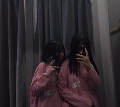 Ulzzang Korean Girl, Cute Korean Girl, Ulzzang Couple, Friendship Photoshoot, Tumblr Bff, Korean Best Friends, Korean Beauty Girls, Cool Girl Pictures, Cute Girl Face