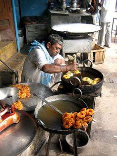 Great Street Food: Jalebi . Old Delhi, India★ ♥ ♡༺✿ ☾♡ ♥ ♫ La-la-la ..., ,