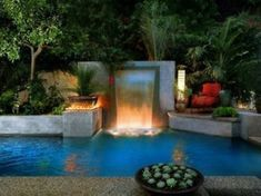 Amazing Small Backyard Designs With Swimming Pool 15