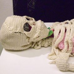 Artist Crochets Life-Size Anatomically Correct Skeleton with Removable Organs Crochet Art, Hand Crochet, Frankenstein, Origami Artist, Textile Sculpture, Hope Symbol, Crochet Needles, Canadian Artists, Japanese Artists