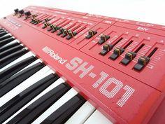 MATRIXSYNTH: Red Roland SH-101 SN 320693