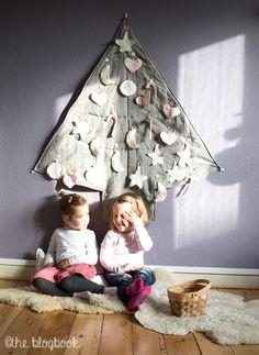 the blogbook.: Oh Tannenbaum, oh Tannenbaum... | Kinder-Weihnachts-DIY für einen Tannenbaum aus Stoff zum behängen