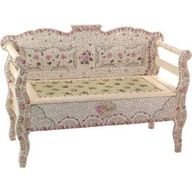 Shabby chic bench... to die for!  2 repins  poshliving.com