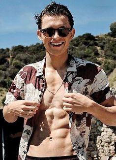 I LOVE YOU TOM HOLLAND