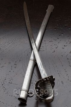 BRITISH HUSSAR CAVALRY SWORD - blade is marked 2nd SCOTS GREYS and XV KINGS HUSSARS SCOTTLAND