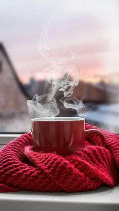 first coffee . - first coffee … first coffee . - first coffee … - Photography – Coffee Coffee Photography, Winter Photography, Creative Photography, Food Photography, Morning Photography, Perspective Photography, Photography Tricks, Photography Aesthetic, Coffee And Books