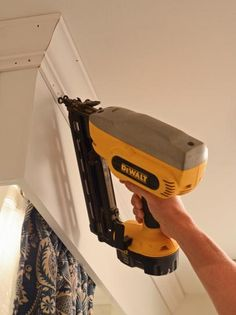 1000 Images About Cornices And Crown Molding On Pinterest