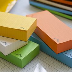 Jot down notes. #jot #notes #memo #memoblock #todolist #colours #paper #paperblock #stationery #yellow #orange #blue #green #white #doeverythingyoulove