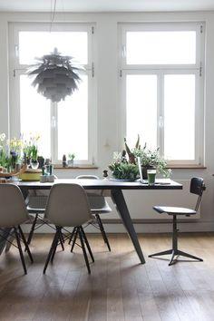 Die ganze Wahrheit #interior #einrichtung #wohnen #living #dekoration #decoration #ideen #ideas #esszimmer #diningroom #modernesesszimmer Foto: Designheim