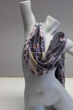 Orient-Muster Grau/Blau/Aubergine-Rost