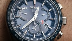 Shopping For Watches On The Net - Everything You Wanted to Know Plus Tips on Economizing Hundreds of Dollars - Perfect Watches Gadget Watches, Big Watches, Luxury Watches, Cool Watches, Seiko Sportura, Horse Watch, Photovoltaic Cells, Herren Chronograph, Android Watch