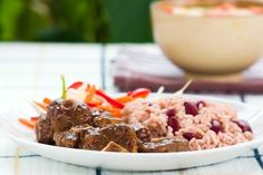Jamaican Oxtail Recipe (Stew in a Crockpot) I season mine a whole lot different, but never made it in the crockpot. Oxtail marinating now. Jamaican Oxtail, Jamaican Cuisine, Jamaican Dishes, Jamaican Recipes, Oxtail Recipes, Slow Cooker Recipes, Crockpot Recipes, Cooking Recipes, Entree Recipes