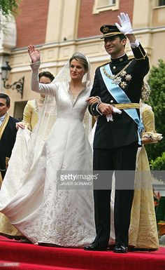 Princess of Asturias Letizia Ortiz and her husband Spanish Crown Prince Felipe of Bourbon wave to the crowd as they leave the Basilica of our Lady of Atocha in Madrid 22 May Get premium, high resolution news photos at Getty Images Royal Brides, Royal Weddings, Adele, All The Princesses, Spanish Royalty, Spanish Royal Family, Princesa Diana, Queen Letizia, Royal Fashion