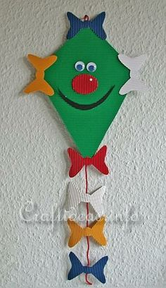 Free Fall Paper Craft For Kids - Friendly Kite Decoration Fall Paper Crafts, Summer Crafts, Easter Crafts, Christmas Crafts, Adult Crafts, Toddler Crafts, Preschool Crafts, Cute Crafts, Diy And Crafts
